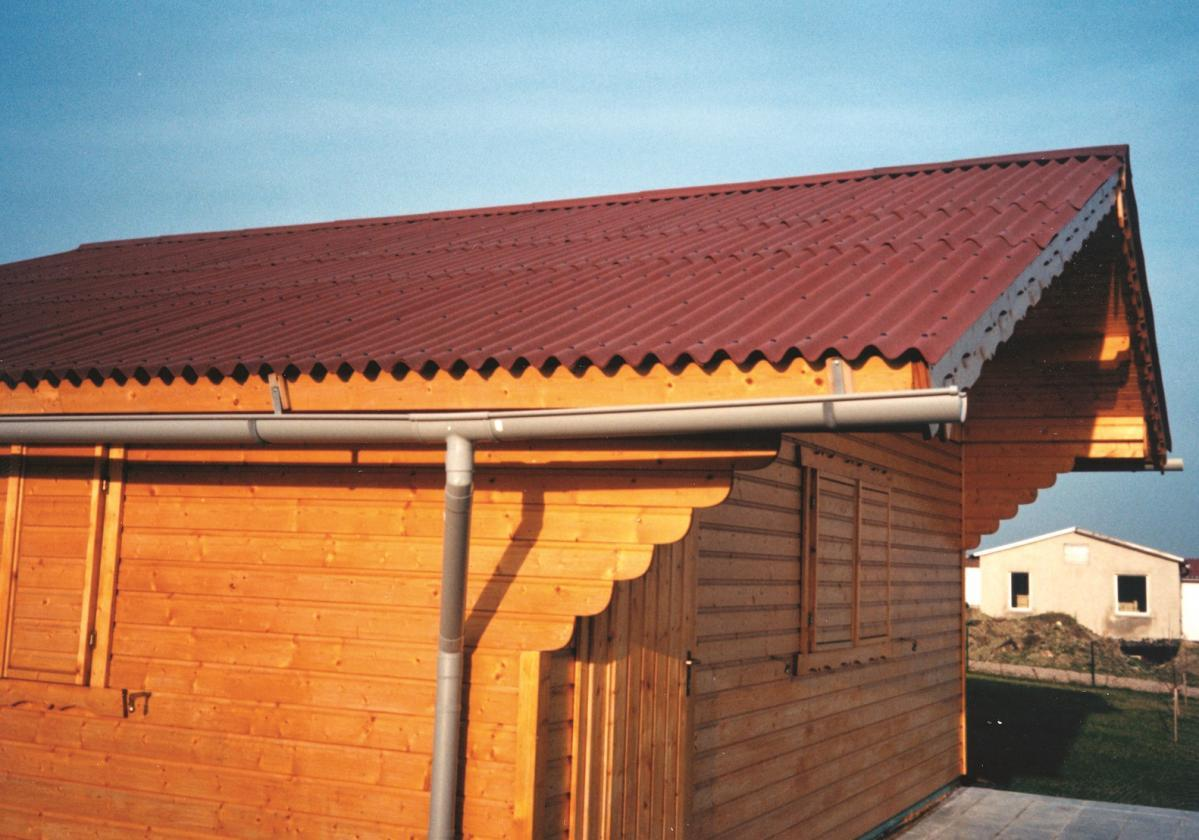 Chalet - Toiture Onduline Classic Rouge