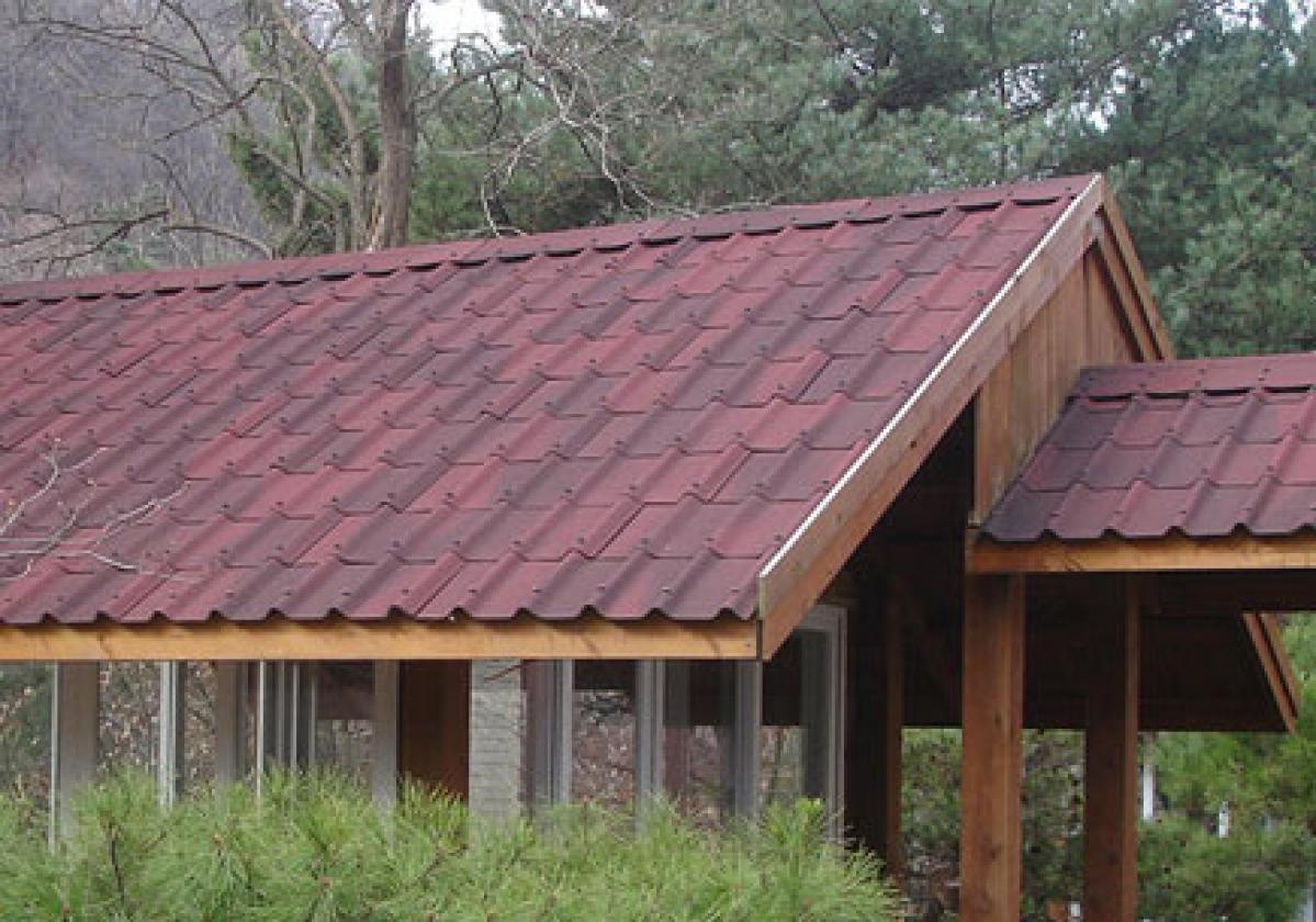 Onduvilla tile shaded red roof